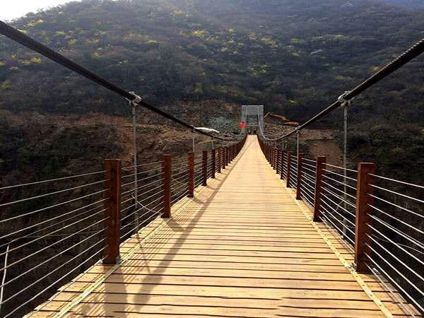 山西恒曲古城悬索桥